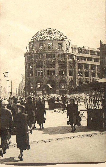 Berlin 1945 Haus Vaterland am Potsdamer Platz und an der Stresemannstraße – Vincent