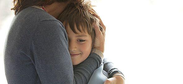 Μια μαμά τριών γιων συνοψίζει όσα τις δίδαξε η εμπειρία της ανατροφής αγοριών, σε ένα κείμενο με 8 μεγάλες αλήθειες.