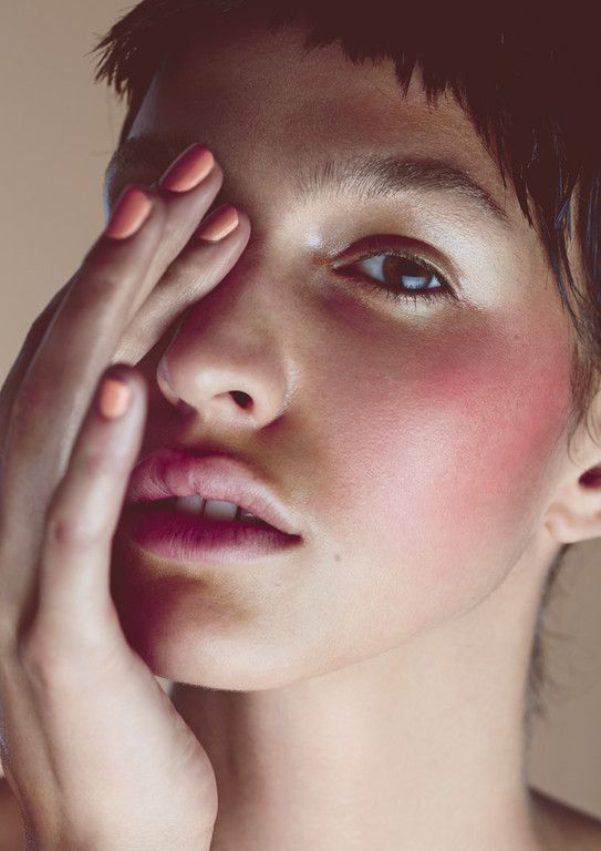 Photographer: Angelika Annen Hair/Make-up: Lilith Amrad (using: Kevin Murphy/UND GRETEL) Model: Elisa