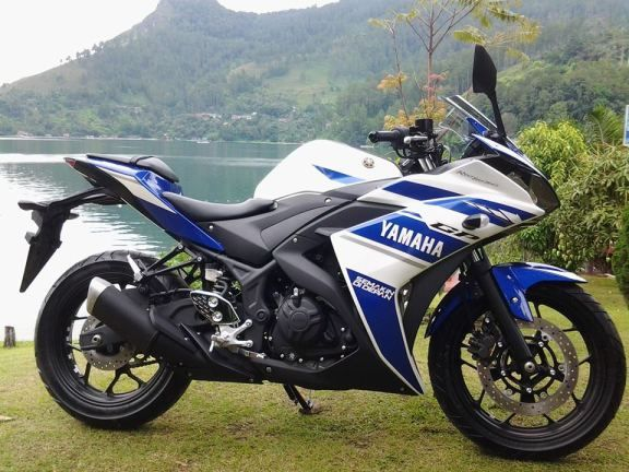 Yamaha-YZF-R25-top-speed-is-173-kmph