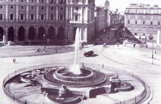fontana in piazza della Repubblica tra il 1888 e il 1900