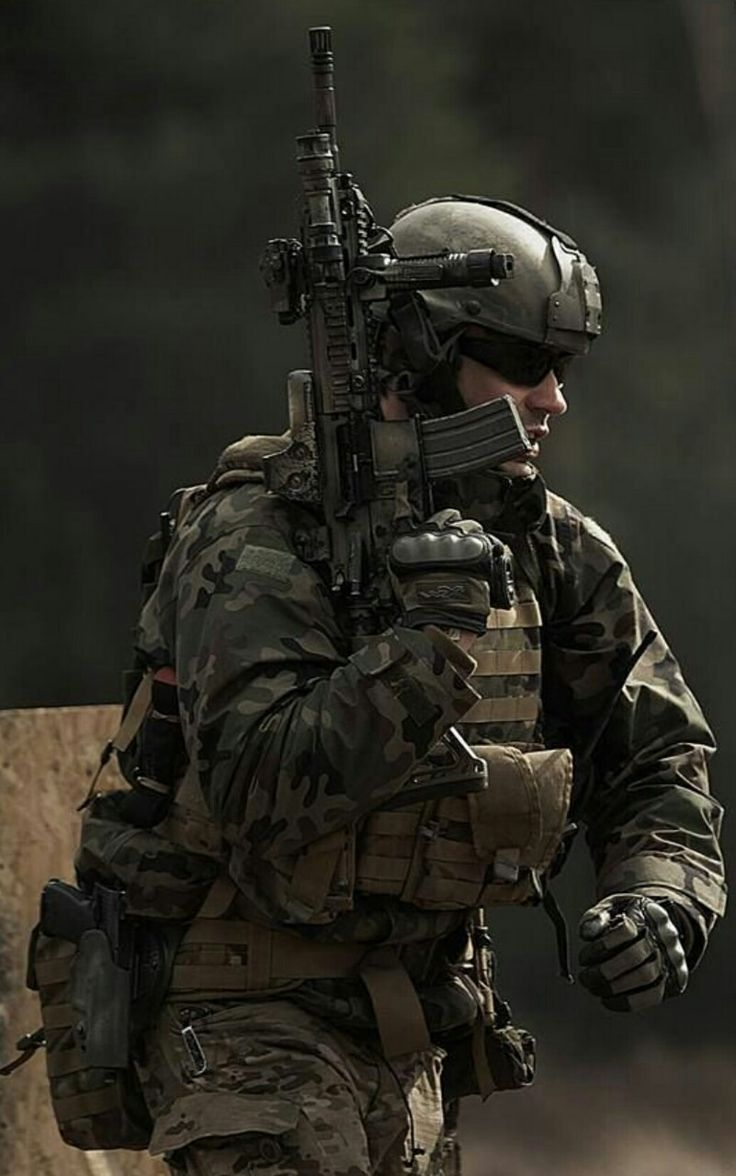 A U.S. Special Operations Forces Soldier assigned to 10th