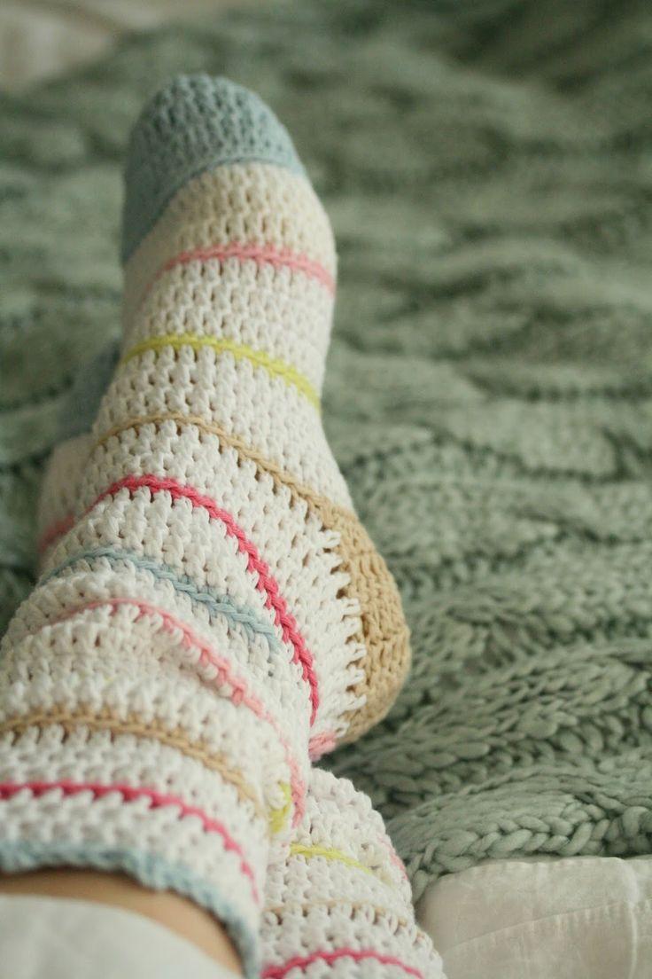 Crochet socks Shared by www.nwquiltingexpo.com #nwqe #crochet