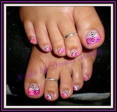 Pink and Purple Toes by NailsbyDonna - Nail Art Gallery nailartgallery.nailsmag.com by Nails Magazine www.nailsmag.com #nailart