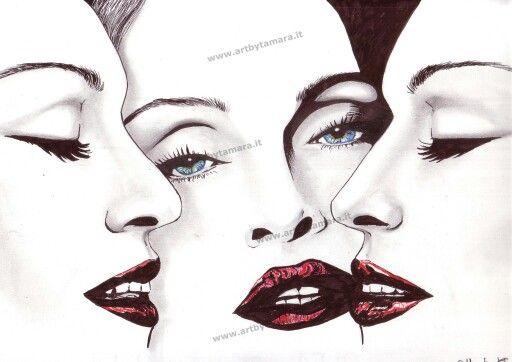 Madonna disegno con pennarelli e matite colorate. :-)