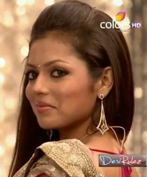 Madhu looking cute