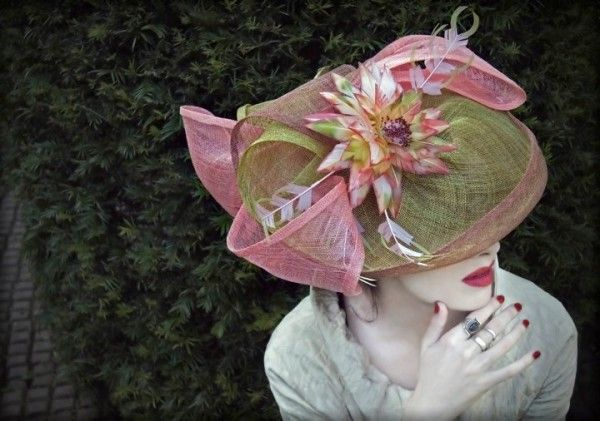 WOW!!Green Hats, Fascinators Fashion, Royal Ascot, Mad Hatters, Pink Hats, Lady Hats, Fashion Hats, Ascot Hats, Beautiful Hats