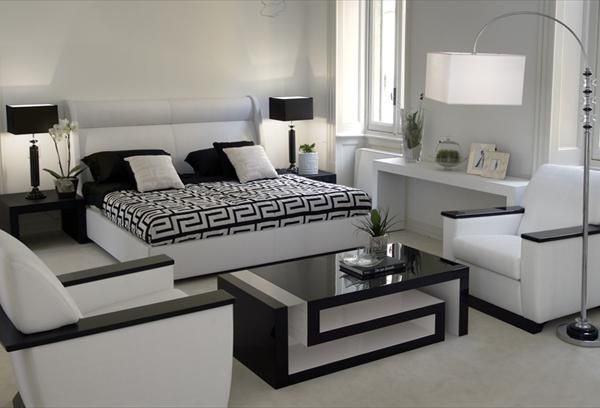 versace home greca coffee table versace home signature. Black Bedroom Furniture Sets. Home Design Ideas