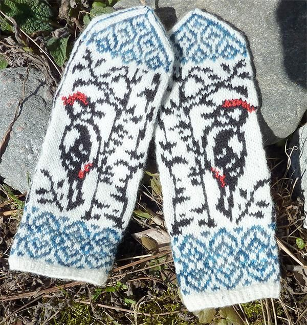 Woodpecker Mittens via Craftsy