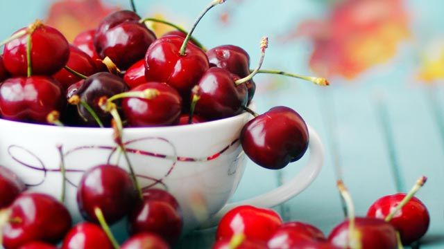 16 Best and Worst Foods for Sleep - ABC News