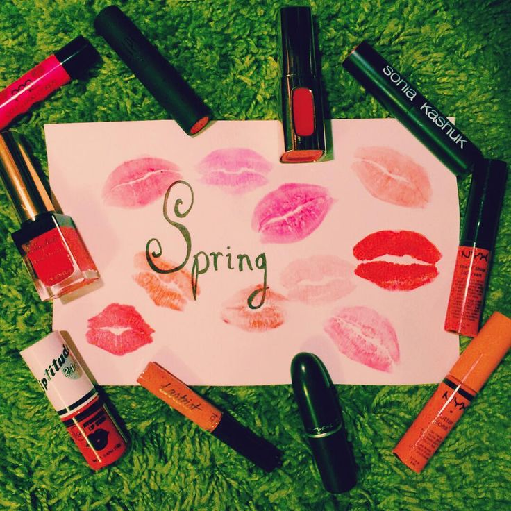 It's Spring and Our Lips know it!🌷💄💐 What colour do you dress your lips in for Spring?!💋💋💋