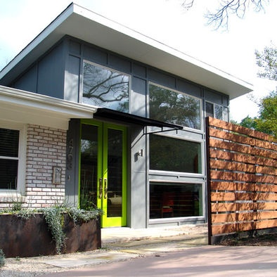 Gray House With Green Door. Contemporary Exterior By Steve Zagorski,  Architect
