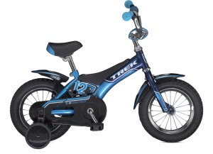 Trek Jet 12 Boys 2013    The Trek Jet 12 Boys bikes fit kids great, and Trek's Dialed components adjust along with growth spurts, you can dial in the perfect fit for years to come.