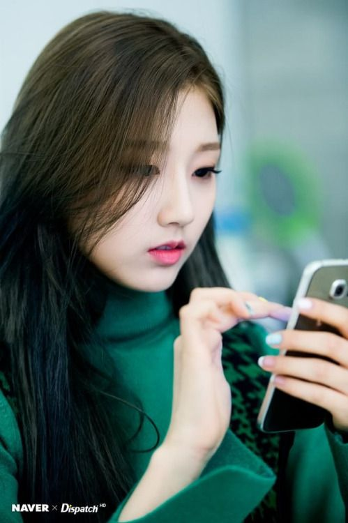 YeIn (Lovelyz) - Dispatch Interview Pics