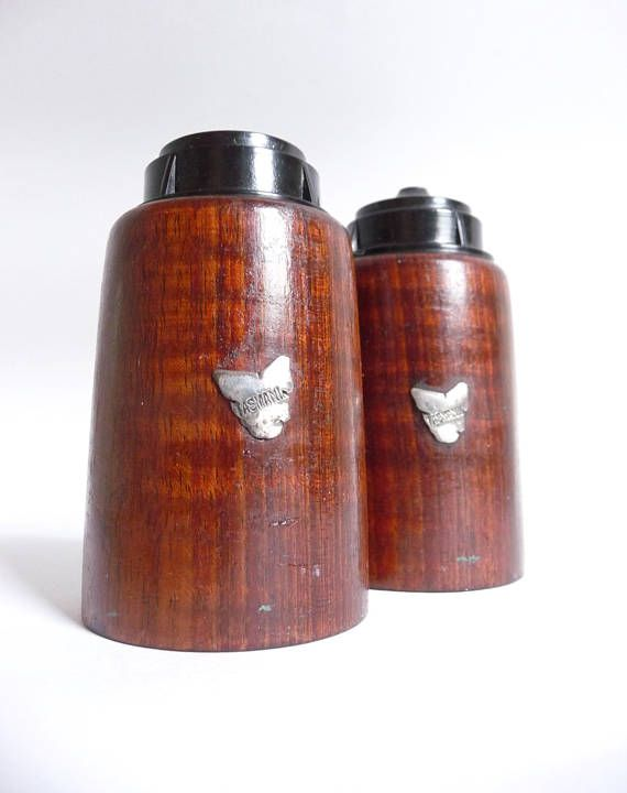 Tasmania Souvenir Blackwood and Bakelite Salt and Pepper