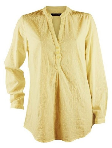 Vævet skjorte i cremefarvet  Køb den her:   http://www.tankestrejf.dk/abha-skjorte.html