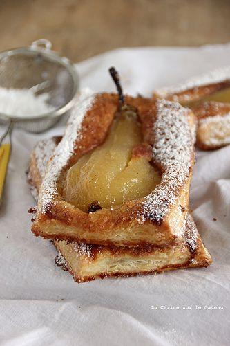 Tarte fine feuilletée aux poires & à la crème frangipane