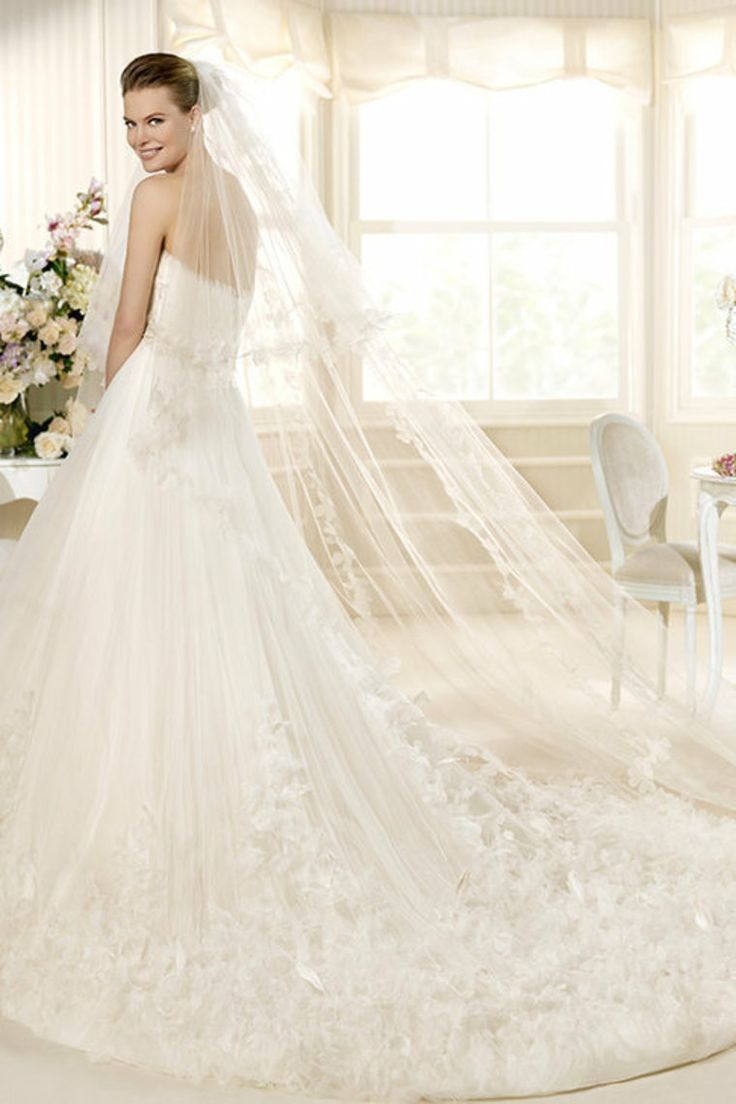 735 best wedding dresses images on pinterest wedding dressses 32669 wedding dresses vintage wedding dresses best wedding ombrellifo Image collections
