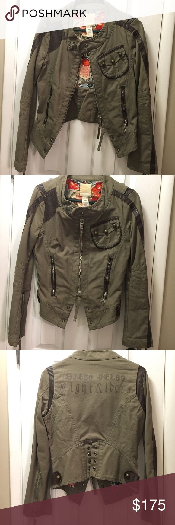 Diesel coat, army green with brown leather. Diesel jacket. Army green with brown leather. Rad floral print inside, zippers on sleeves. Great condition! Diesel Jackets & Coats