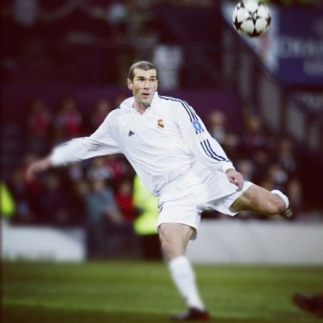 Zinedine Zidane. Gol de la Novena