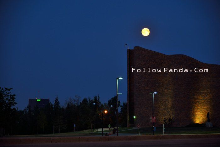 Grande Prairie Super Full Moon at GPRC - Grande Prairie, Alberta, Canada | FollowPanda.COM