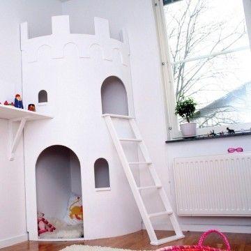 kinderkamer kasteel speelhuisje