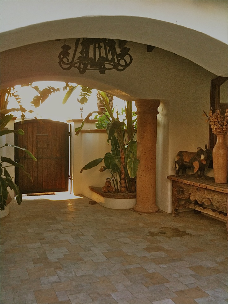 1000 images about haciendas hermosas on pinterest for Mexican style architecture