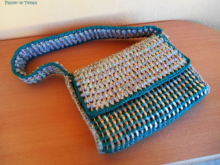 Crocheted handbag made of upcycled soda-can tabs