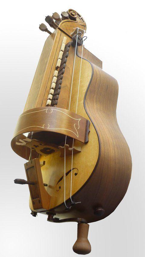 medieval and renaissance instruments Les instruments de musique en usage durant le moyen Âge sont de plusieurs ordres on distingue dans l'instrumentarium médiéval,.