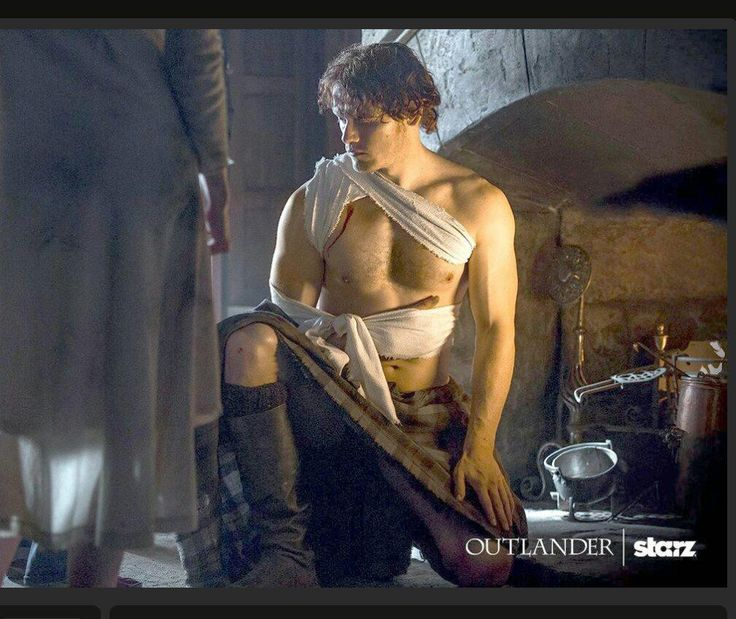 "Oh Lordy! Thank you @SamHeughan for the ""sneek peek"" @maggiehenry204 @fitserbmomma @freckledjenni @HintonAlisa"