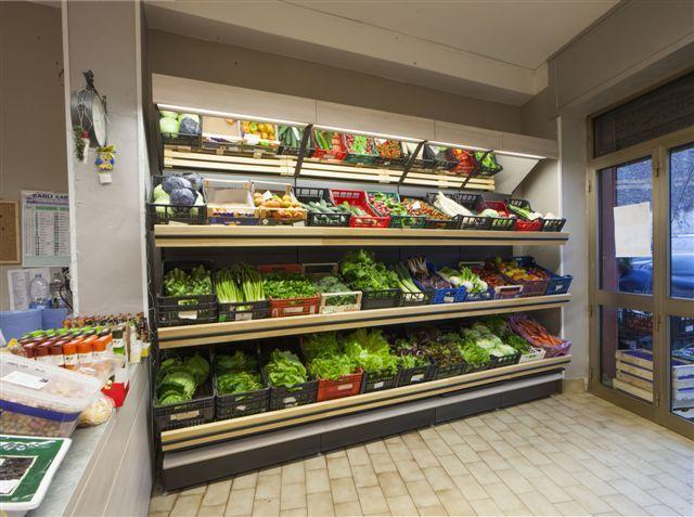 oltre 25 fantastiche idee su bancarelle di frutta su pinterest ... - Idee Arredamento Negozio Frutta E Verdura