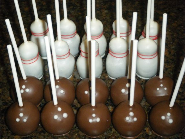 Bowling Ball and Pin cake pops! Cute! #bowling