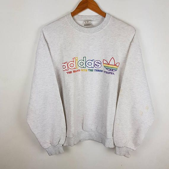 Brand : Adidas Size - Condition: Vintage Condition || no hole ||small stain on left arm || Embroidered a bit pilling || Refer picture ----------------------------------------------------------------------------------------------------------------------------------------- Measurement