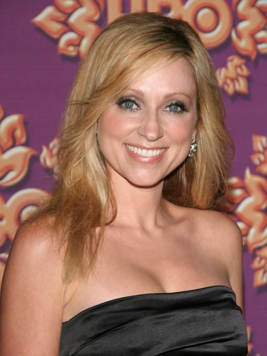 Leigh-Allyn Baker beautiful.