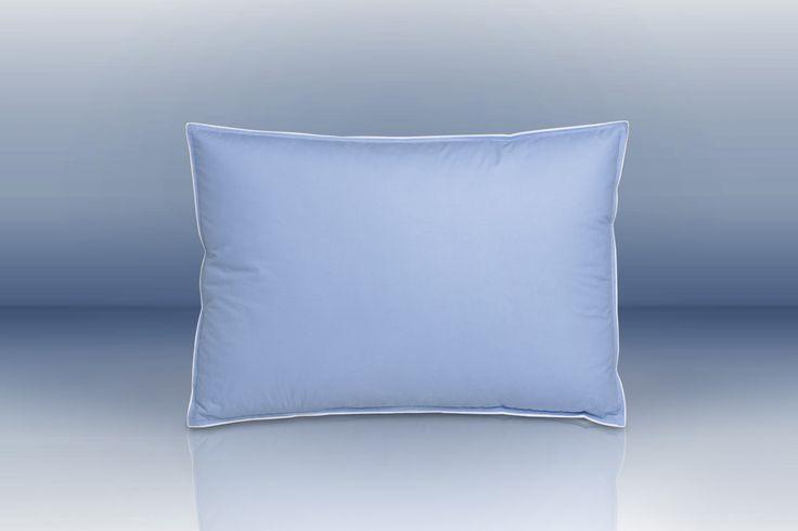 Piccolo ma di grande comfort per grandi e piccini. Il Cuscino 38x55 Offre sofficitá, leggerezza ed adattamento intorno alla testa ed al collo. Ideale per lettini da bambino e perfetto per rilassarsi sul proprio divano