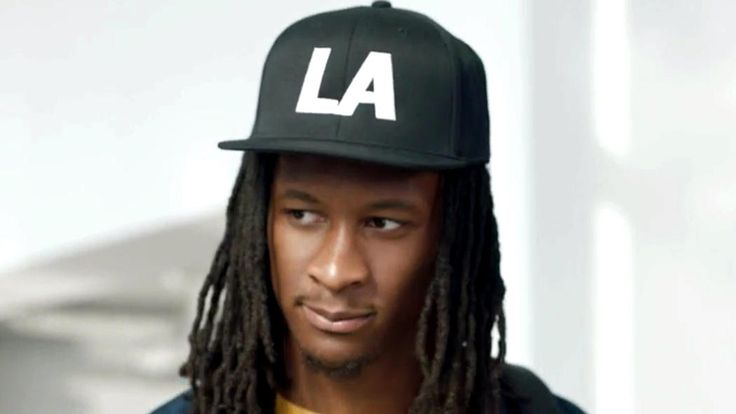 Todd Gurley appears in commercial for Carl's Jr. - LA Times