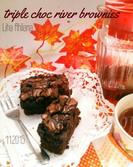triple choc river brownies sejarah pertama bronisku berhasil