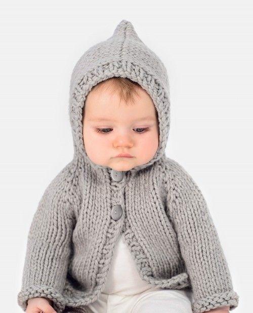 赤ちゃんに着せたいカーディガンのアイデア☆お出かけ時にぴったりなとんがりフード帽子付き♡