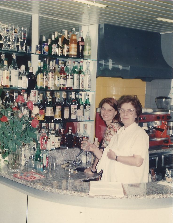 #HotelRudyCervia staff in the '90s: Fatma and Anna