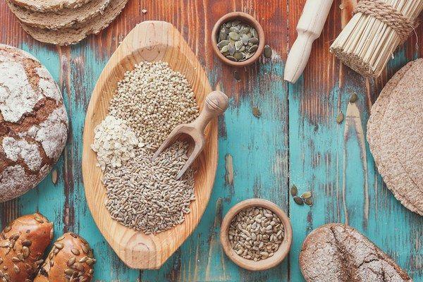 8 Hinweise auf Glutenintoleranz, die Du nicht ignorieren solltest