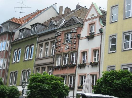 House of Bells in old town Dusseldorf. Trip Advisor article on the alstadt