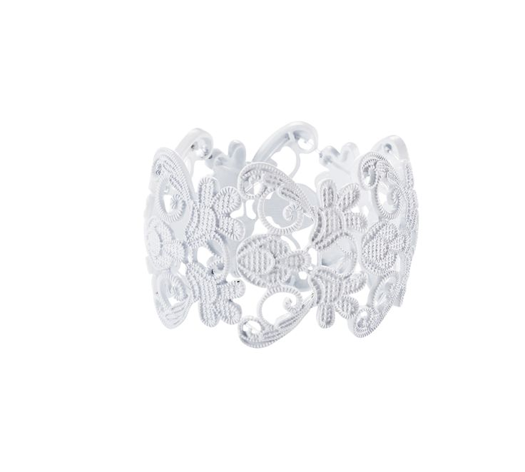 Ring by Mirrou @WestfieldNZ #whiteout #westfieldtrending