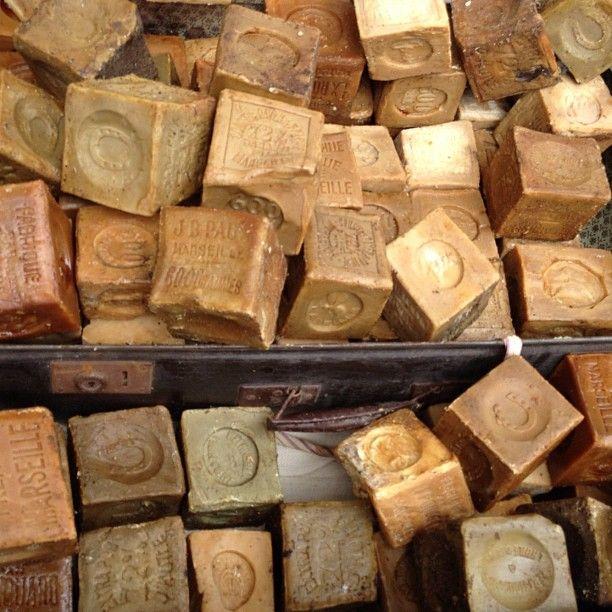 233 best savon de marseille images on pinterest soaps marseille and soap - Vide grenier marseille prado ...