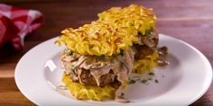 It's the Russian answer to the Ramen burger. Best Stroganoff Burger Recipe - How To Make Stroganoff Burgers