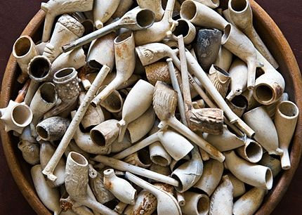 Clay Pipes from the Thames Mud aka Mud Larking - I did this and found part of a pipe!