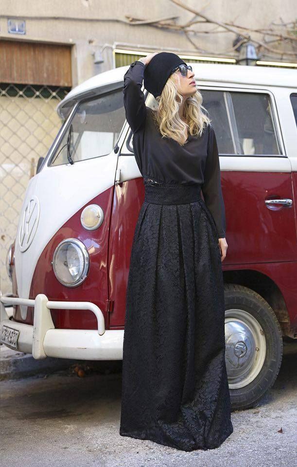 So beautiful look for Saturday!!! #desiree #skirt #maria iliaki
