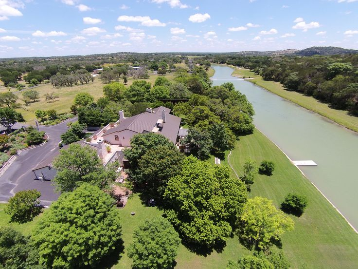 #waterfrontwednesday is 172 gorgeous acres on Lower Turtle Creek • Listed by Amy Dutton • http://goo.gl/RjSJAv