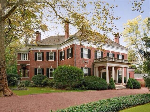 Brick georgian revival style home architecture pinterest for Brick georgian homes