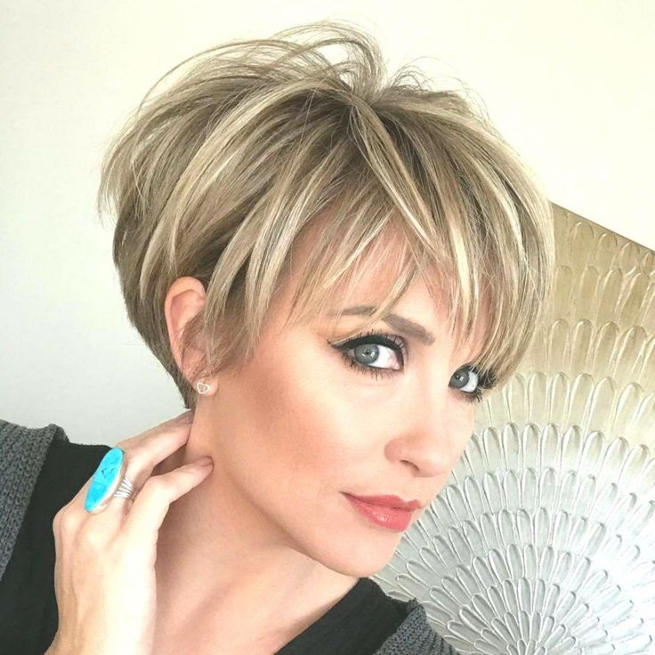 Stylish Long Pixie Haircuts for Women - Short Hairstyle Designs #shorthairstylesforthickhair