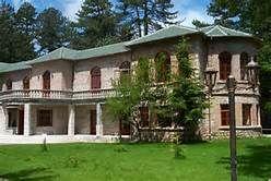 Hoteleri  Turizem Albania: Voskopoja e bukur në të katër stinët, Djep i kultu...